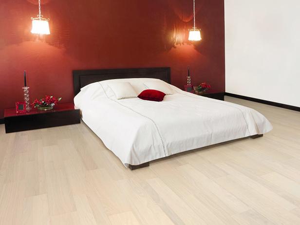 sol-et-style-projet-categorie-maisons-style-classique-parquet-bois-clair-chambre-lit
