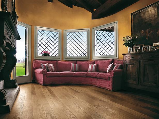 sol-et-style-projet-categorie-maisons-style-classique-parquet-bois-divan-ancien-oriental