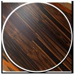 sol-style-essence-style-exotique-parquet-propose-bois-brun-fonce-nuances-lignes-claires