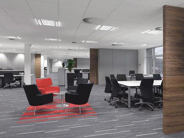 sol-et-style-projet-categorie-autres-services-moquette-bureaux-salle-reunion