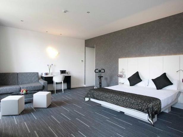 sol-et-style-projet-categorie-autres-services-moquette-chambre-hotel-divan