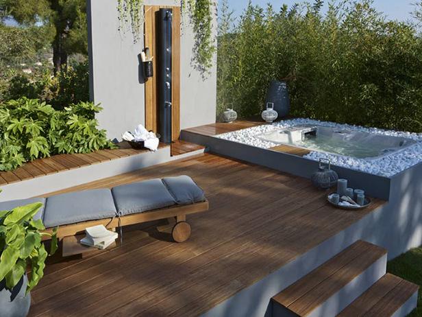 sol-et-style-projet-categorie-espaces-exterieurs-parcs-jardins-bain-bulle-transat-terrasse