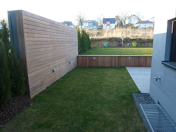 sol-et-style-projet-categorie-espaces-exterieurs-parcs-jardins-bois-decoration-marche