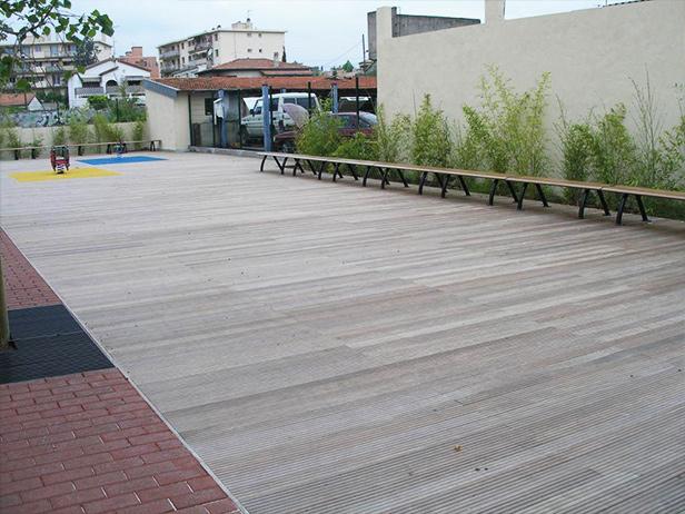 sol-et-style-projet-categorie-espaces-publics-terrasse-banc-piste